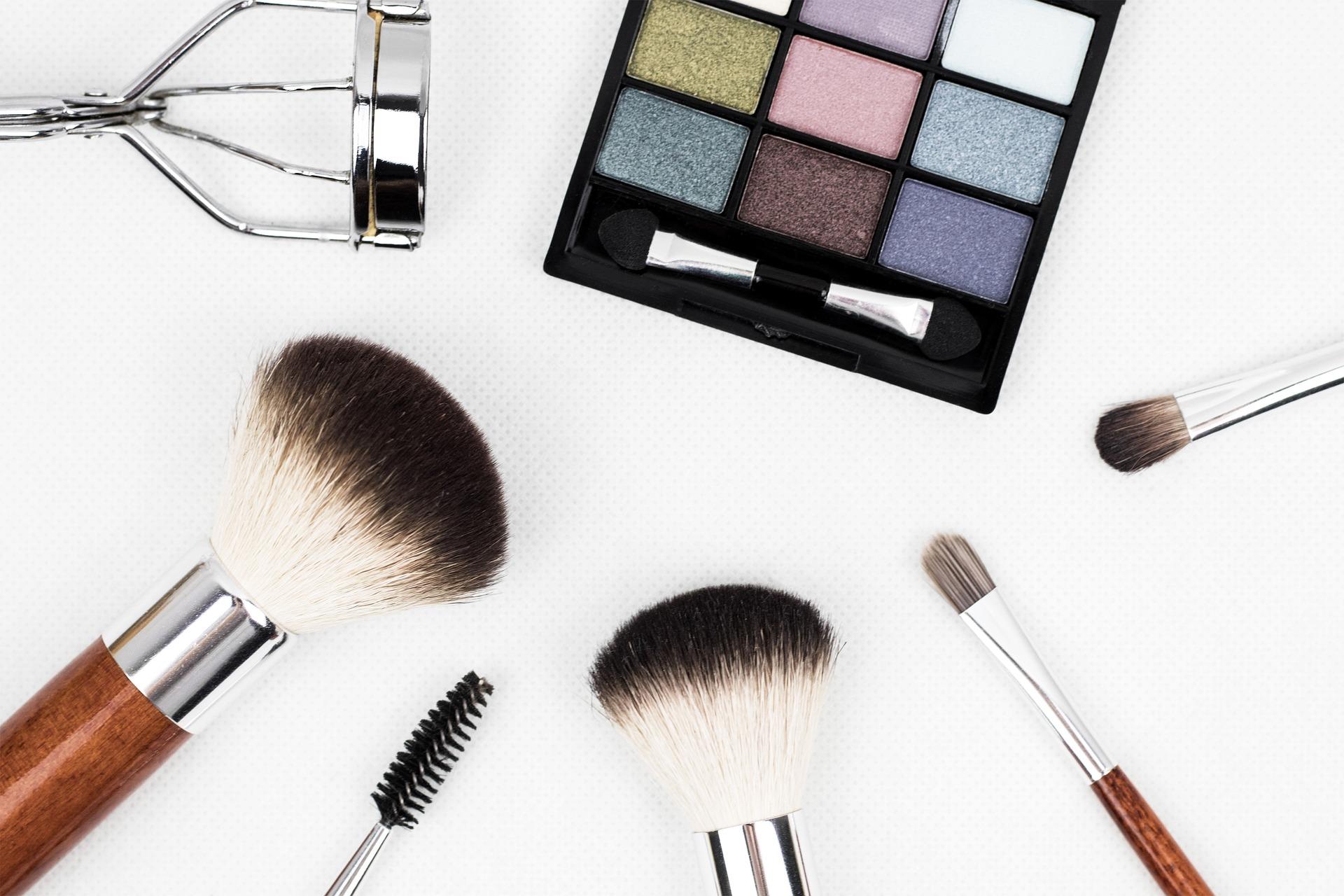 макияж для веб-модели
